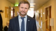 Minister of Health and Care Services Bent Høie ( Conservative Party )