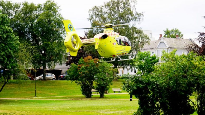 Helicopter from the Norwegian air ambulance