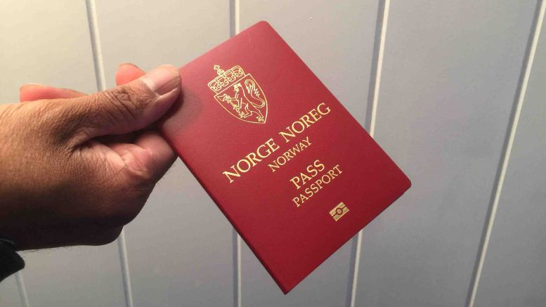 Passports, dual citizenship