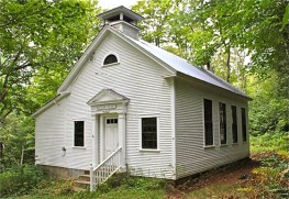 Beaver-Meadow-schoolhouse-560
