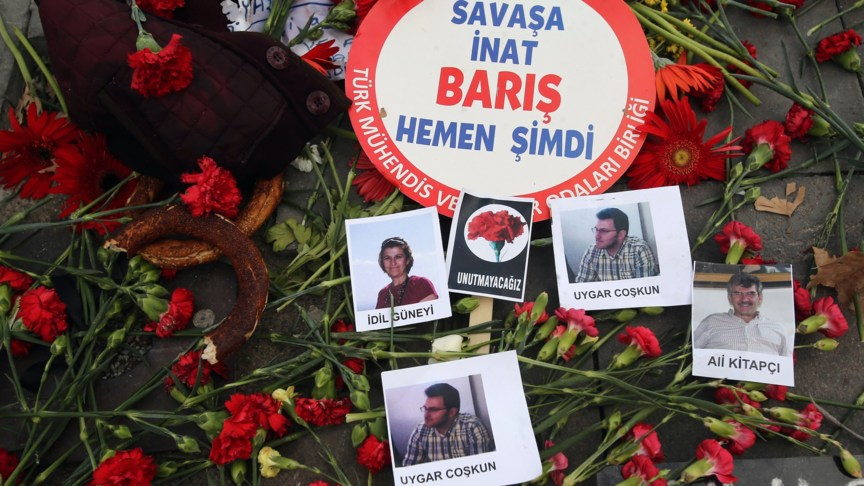 Terrorism victims commemorated in Turkey, AFP photo