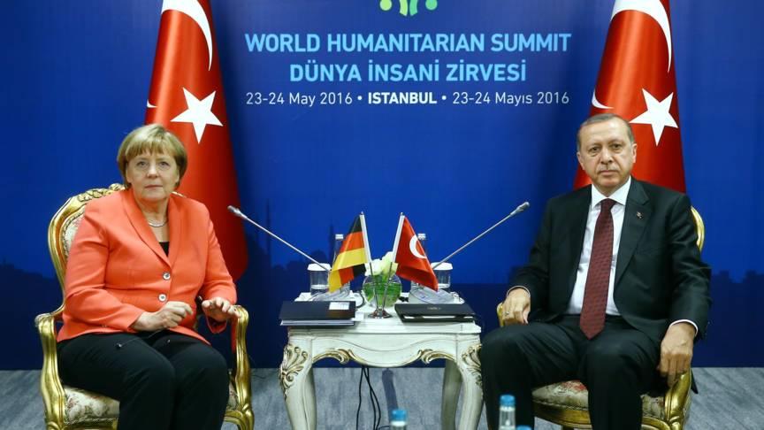 Merkel and Erdogan, EPA photo