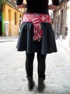 falda con aplicación en cinturilla