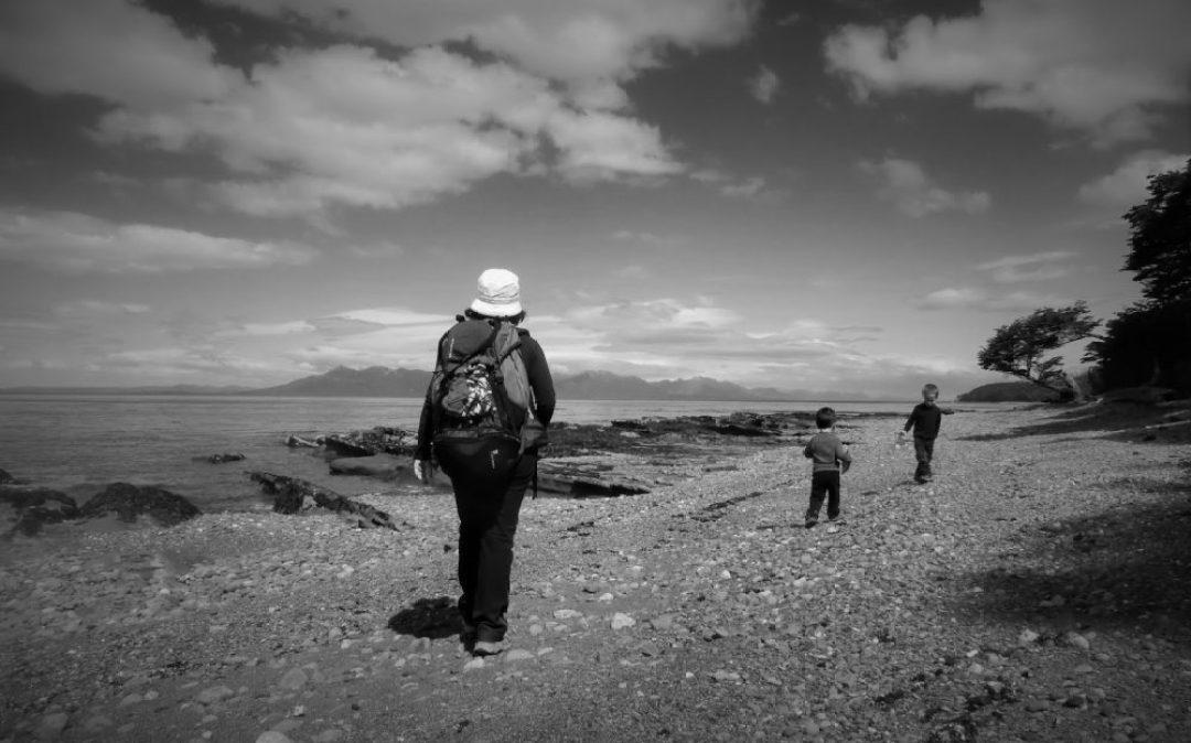 Paseando junto al Estrecho de Magallanes (Chile, 2013)