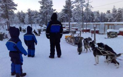 FINLANDIA CON NIÑOS: MÁS ALLÁ DEL CÍRCULO POLAR