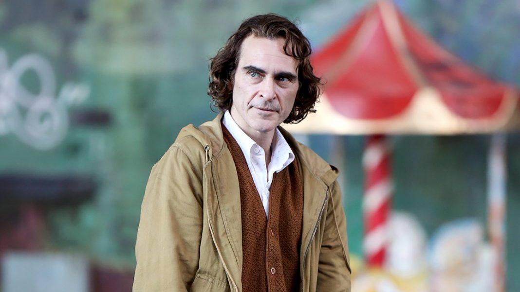 Coringa   Mãe de Joaquin Phoenix elogia o trailer do filme