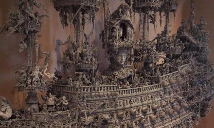 Artista demorou 14 meses para realizar escultura de navio fantasma