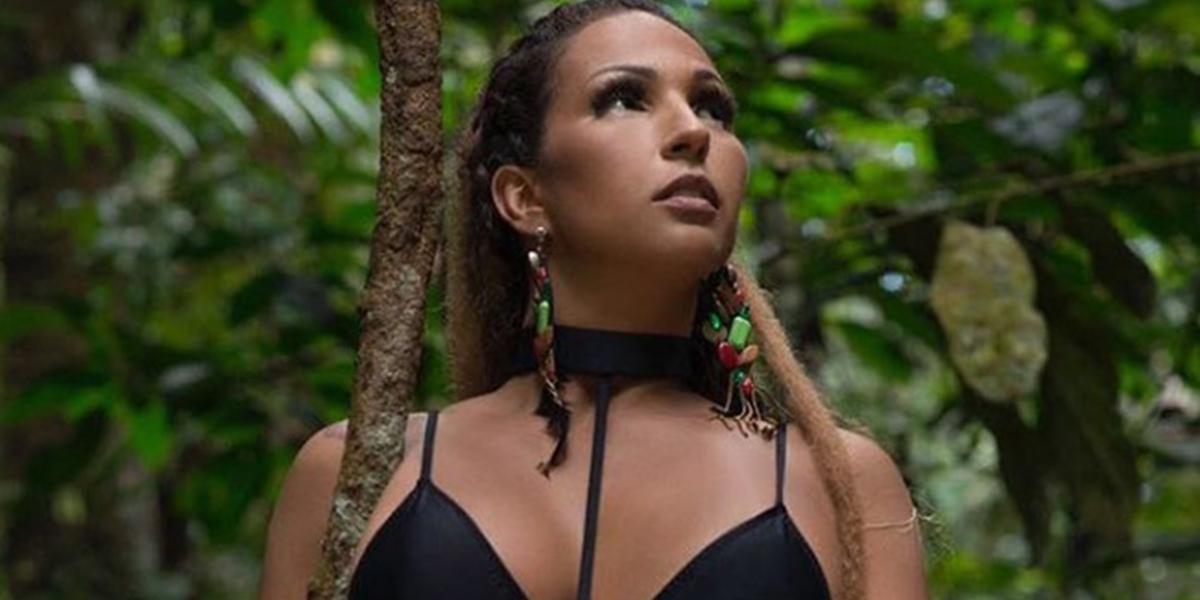 Após cancelamento de show, Valesca Popozuda faz texto contra Bolsonaro