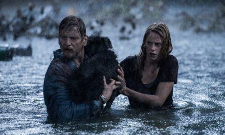 Predadores Assassinos | Jacaré gigante caça família em primeiro trailer do longa