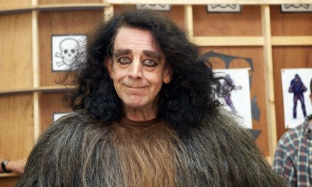 Peter Mayhew morre aos 74 anos