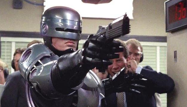 Novo RoboCop perde diretor