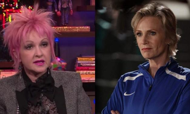 Jane Lynch e Cyndi Lauper estarão em nova série da Netflix