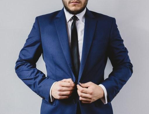 Como usar gravatas slim