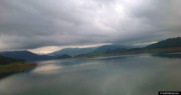 Lakeside view of Umiam Lake, aka Bara Paani, in Meghalaya