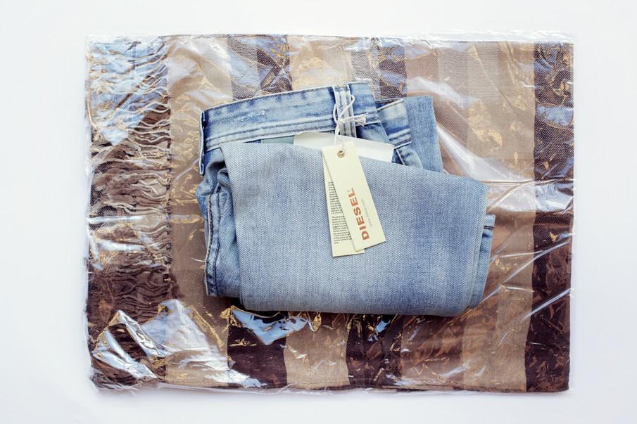 parcel_diesel_jeans_04_905
