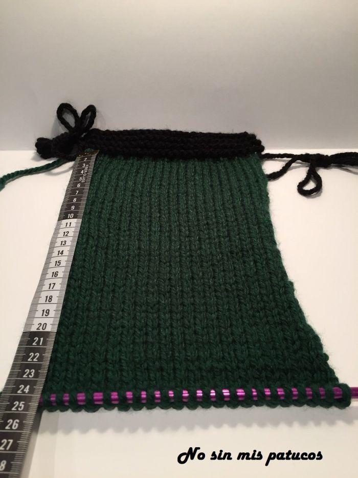 Tejemos 24 cm en punto jersey con lana verde.