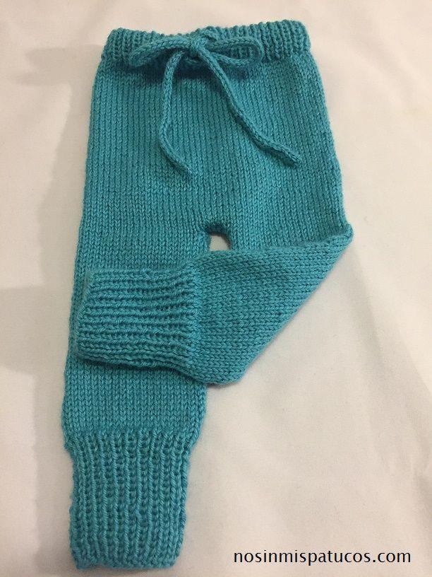 pantalón con cordón tejido a mano