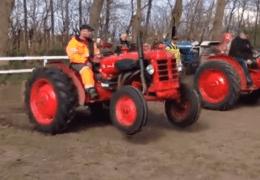 Drag Tractors