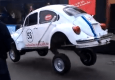 Volkswagen Dances