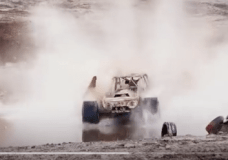 Formula Off Road starting to skim across a pond