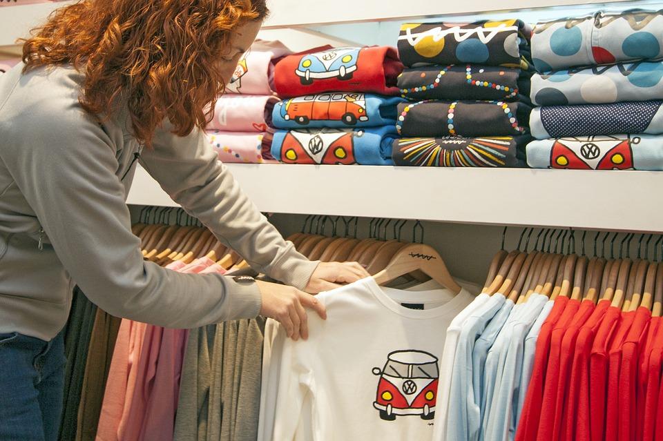 Fashion Buyer Shopping Career