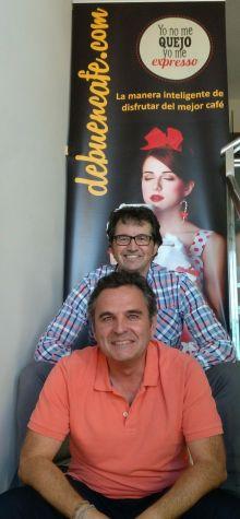 Aitor y Miguel, fundadores de debuencafé