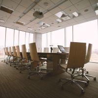 En qué debes centrarte a la hora de elegir los muebles de oficina