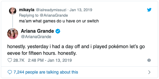 ¡Ariana Grande elige tatuarse un Pokémon! ? 2