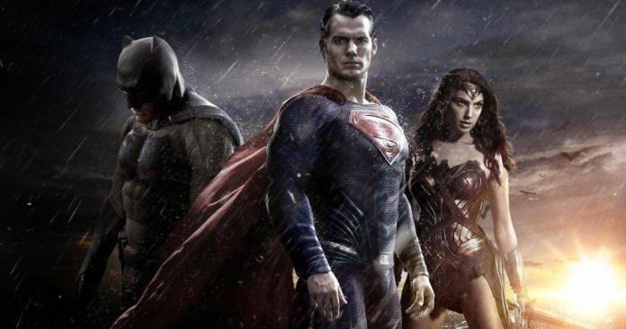 Rumor: Henry Cavill ha firmado su regreso como Superman 1