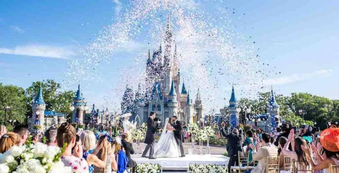 Disney lanzará línea de vestidos para novia inspirados en sus princesas 1