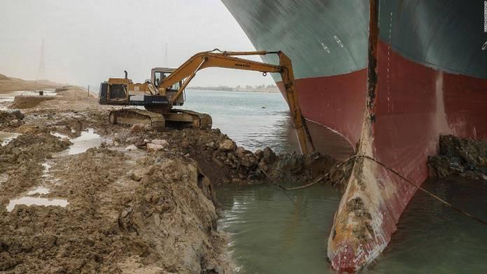 Suez Canal Bulldozer: el meme hecho videojuego 2