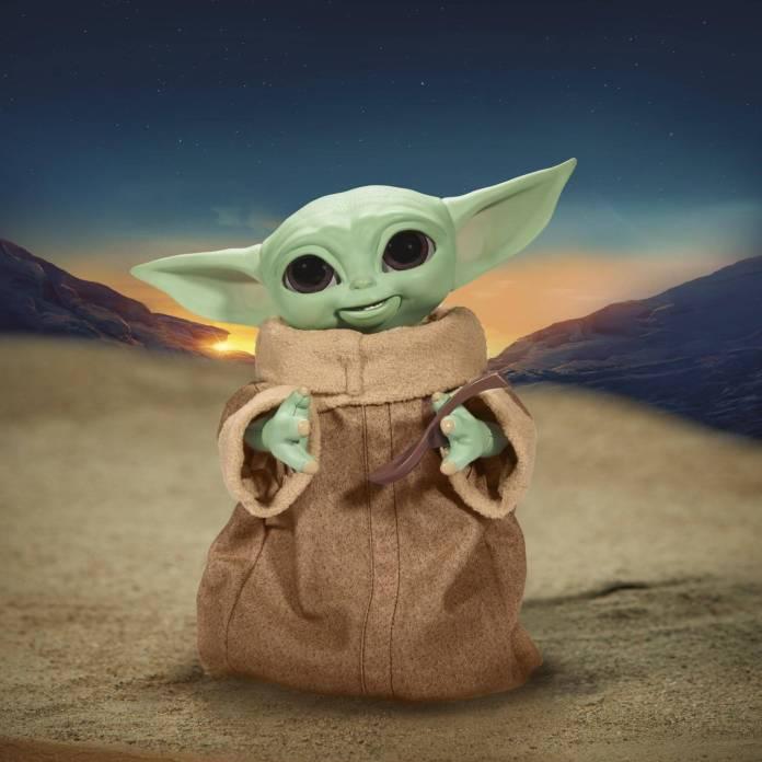 """""""Baby Yoda"""" regresa de la mano de Hasbro 6"""