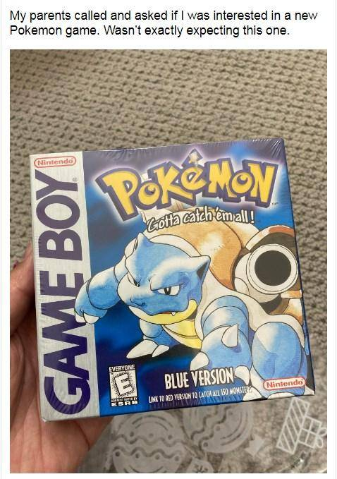 Fan recibe su copia de 'Pokémon Blue' tras 23 años de espera 1