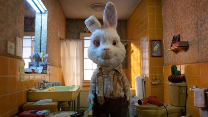 Save Ralph es un corto estilo Stop Motion que fue lanzado por la Humane Society que nos presenta una historia protagonizada por un conejo exponiendo el trato que reciben los animales en algunas pruebas de productos cosméticos.