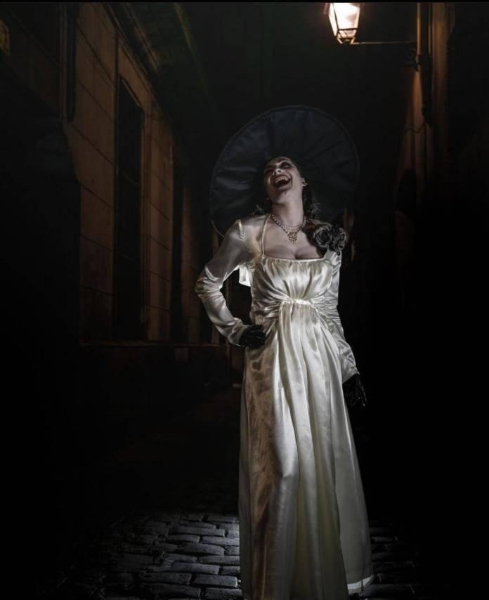 Helena Mankowska presume su parecido con Lady Dimitrescu de Resident Evil Village 1