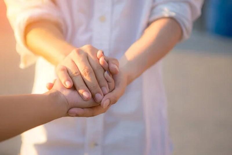 Des mains unies