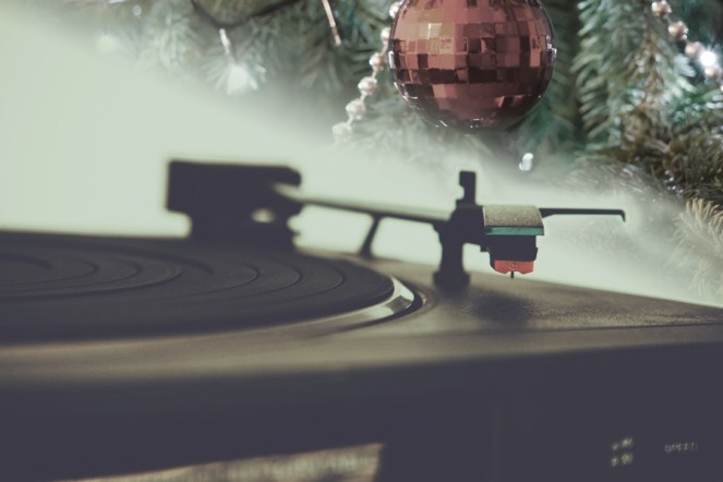 15-picture-perfect-holiday-tunes