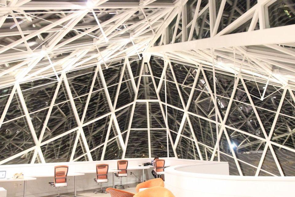 キャンパスの中ですごく好きな場所、Atrium。