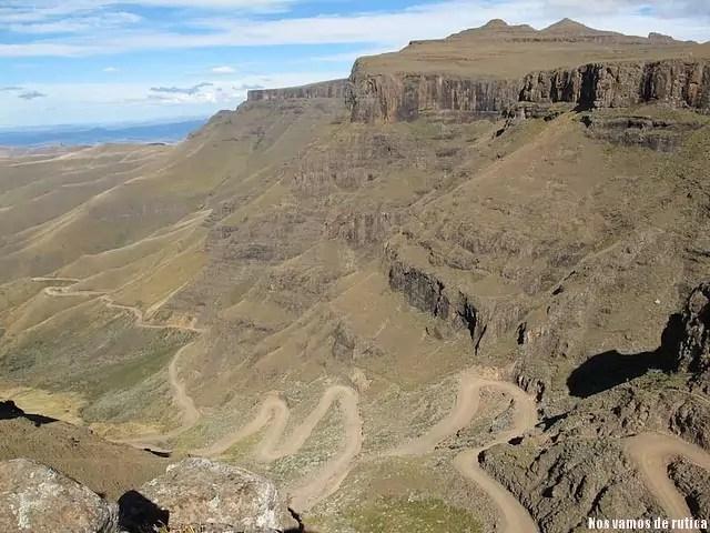 El serpenteante paso del Sur: Sani Pass (Sudáfrica y Lesotho)
