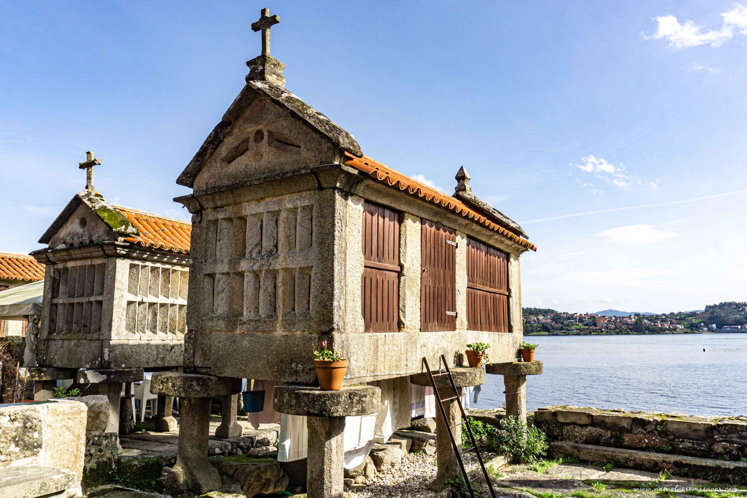 Hórreos de Combarro, Galicia