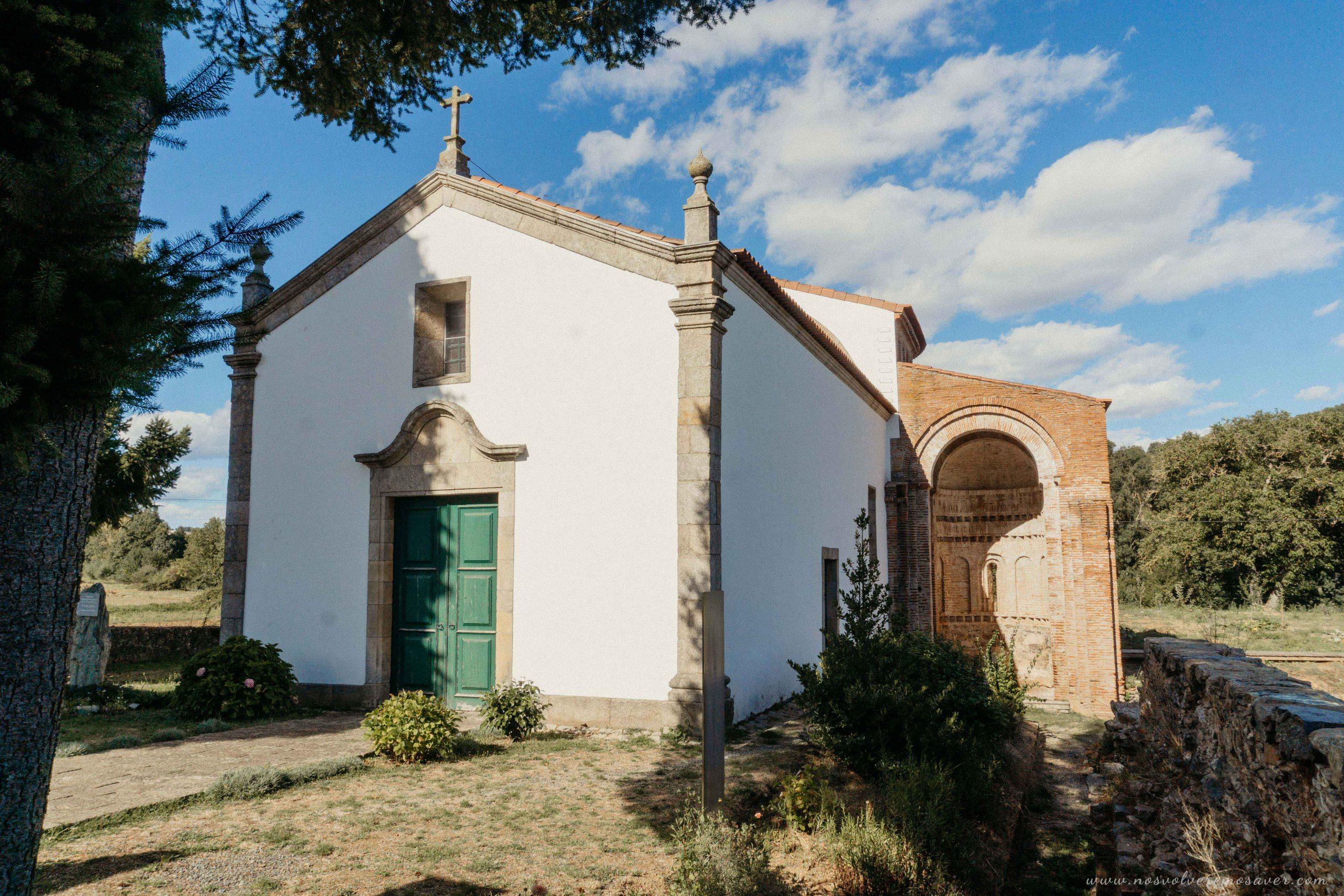 Mosteiro de Castro de Avelãs