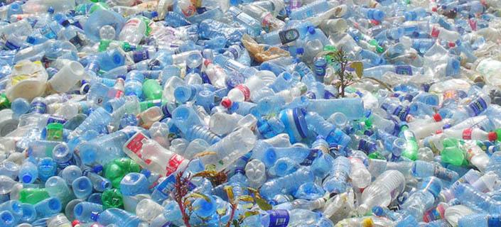 Resultado de imagem para União Europeia quer proibir uso do plástico descartável até 2021