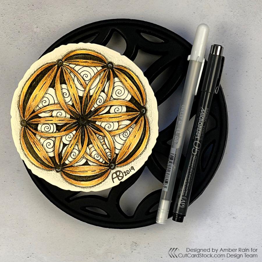 Zentangle on Gold Cardstock   Ravel & Printemps