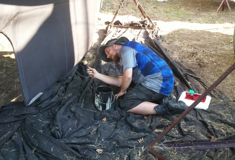 The Dread Pirate Stephen painting the Defiant