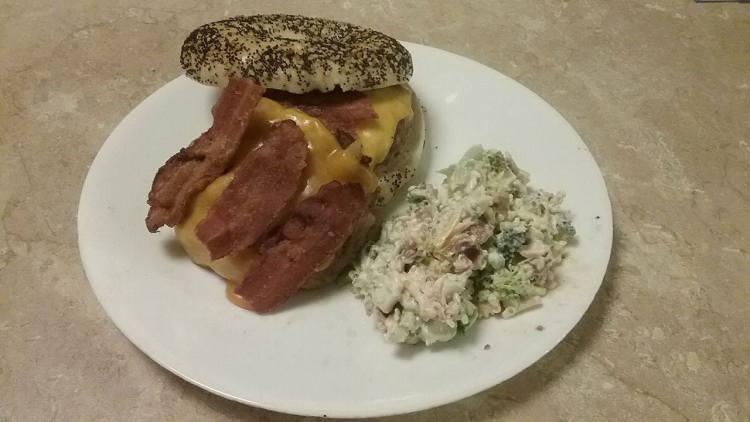 BBQ Bacon Cheeseburgers with Tasty Tama's Homemade Broccoli Salad