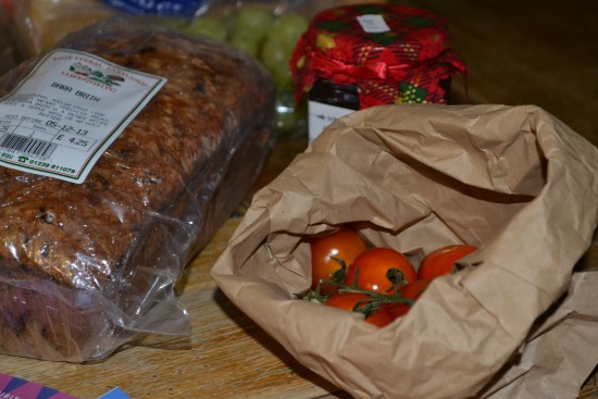 Fruit loaf and tomatoes