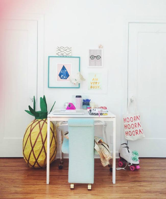 Gorgeous modern desk space
