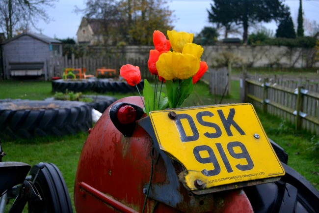 tractor-woolley-grange