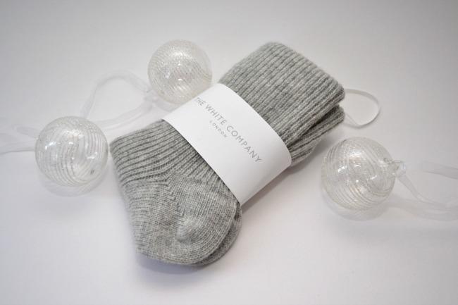 white-company-cashmere-socks