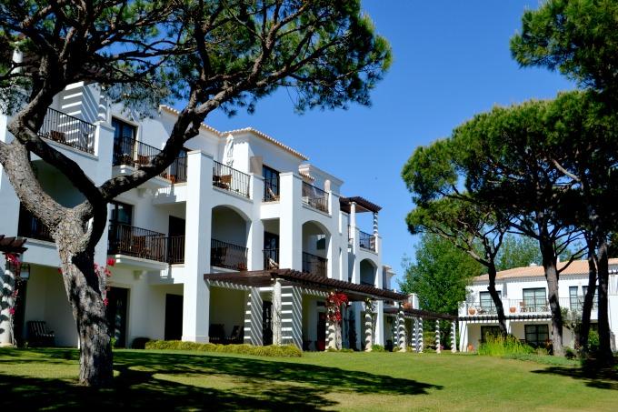 pine-cliffs-garden-residence-680x453